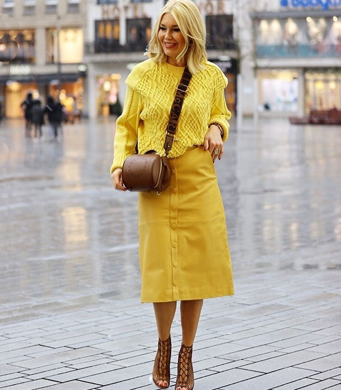 How to wear yellow and brighten up your day!