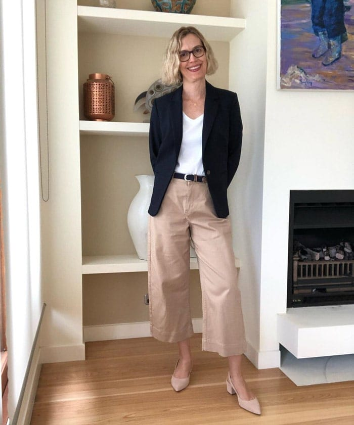 Dimitie wears casual pants with a more formal blazer | 40plusstyle.com