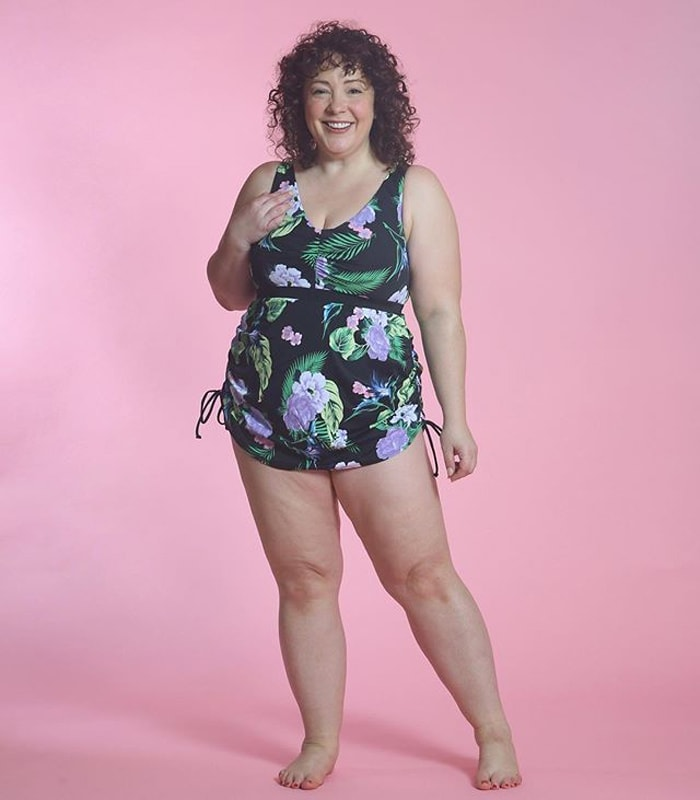 Alison wearing a one-piece bathing suit with a skirt   40plusstyle.com