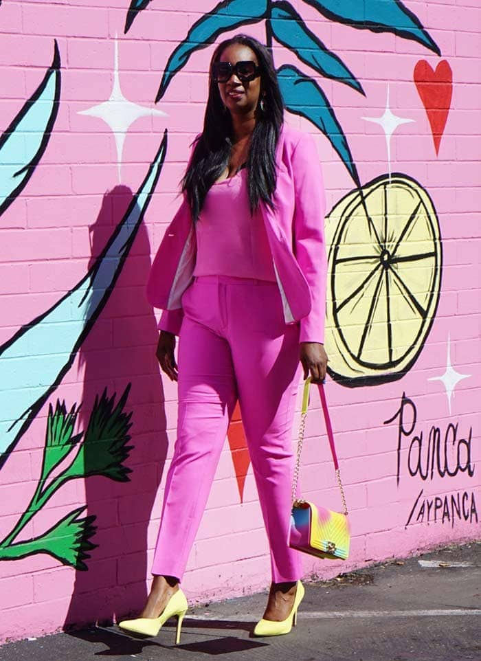 How to wear pink - Tanasha wears a pink and yellow outfit | 40plusstyle.com