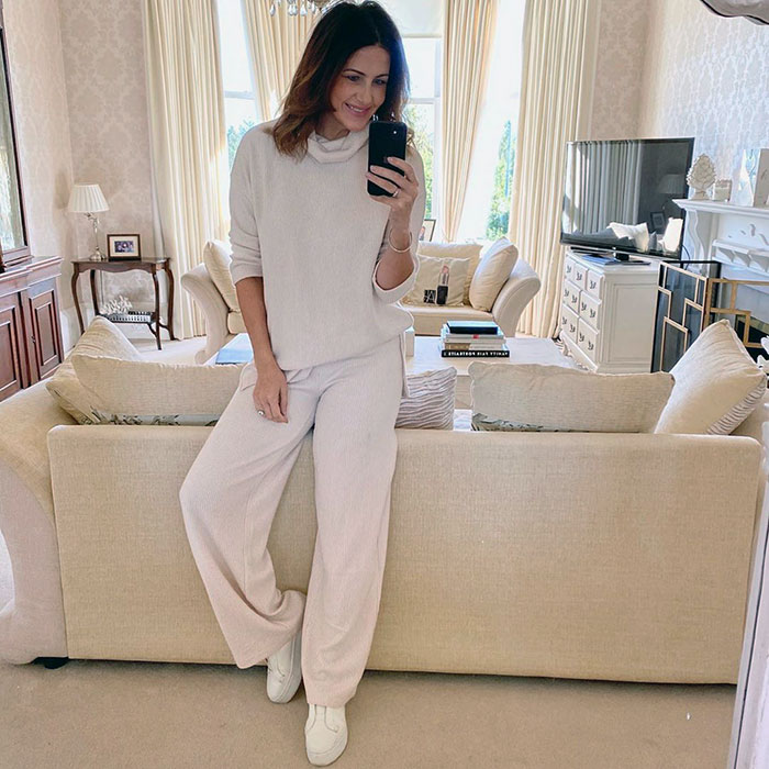 Julie wears a perfect work from home outfit | 40plusstyle.com