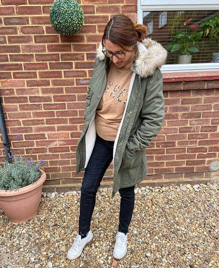 Winter essentials - Melissa wears a casual jeans outfit   40plusstyle.com