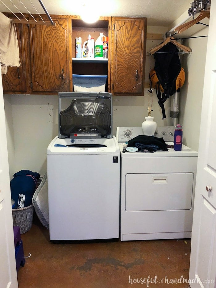 Do you think you can remodel an entire room for only $100? This month we are remodeling our laundry room on a budget. We are transforming our boring space, full of hand-me-down cabinets and non0functional racks into the laundry room of my dreams (if I dreamed of laundry rooms). Come see our plan for the $100 laundry room makeover. And then follow along every week in January as we share all the budget DIYs and decorating tips. Housefulofhandmade.com