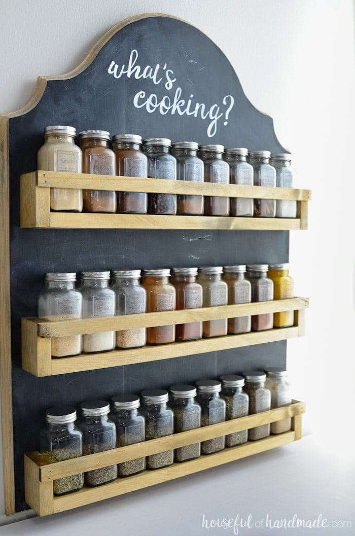 DIY hanging spice rack with build plans