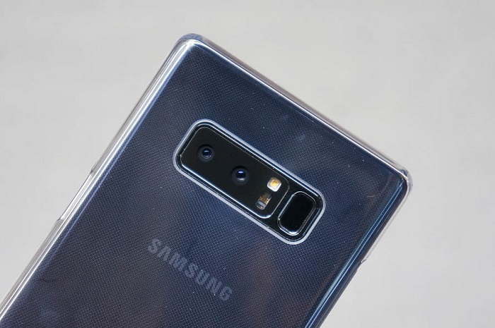 ốp trong suốt theo máy Note 8