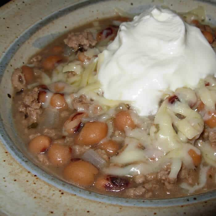 Black Eyed Peas are a tasty addition to a traditional White Bean Chili. Try this Black Eye Peas White Chili recipe.