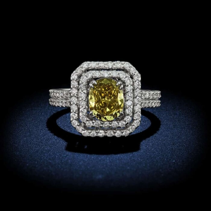 oval-shape-fancy-deep-green-diamond-engagement-ring-with-halo-setting