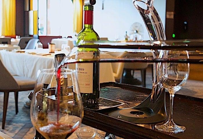 ゲンティン ドリームでワインデキャンティング画像