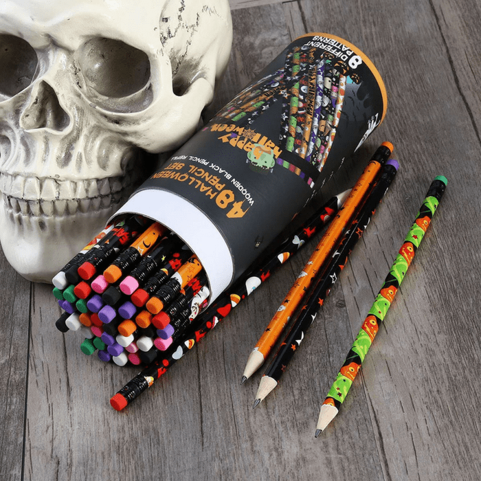 Looking for Non-Candy Alternatives to hand out this Halloween.  We've got you covered with these 14 Non-Candy Alternatives to Halloween Candy!