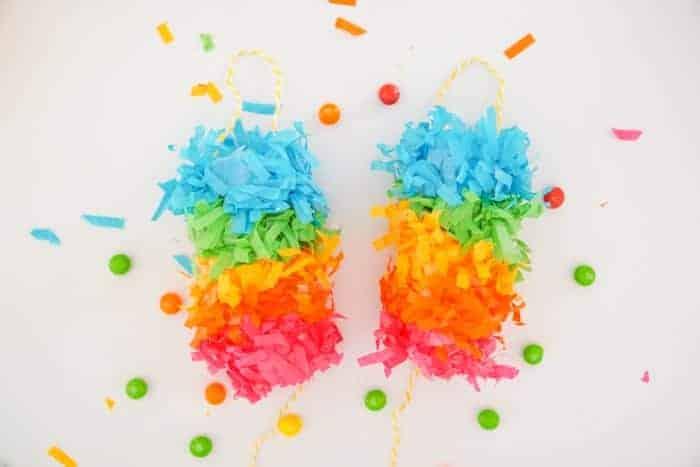 rainbow festooning makes mini rainbow pinatas