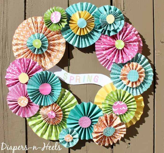 Spring Pinwheel Wreath | Paper Wreaths | Bright and Colorful Door Wreath | Spring Door Ideas | www.madewithHAPPY.com