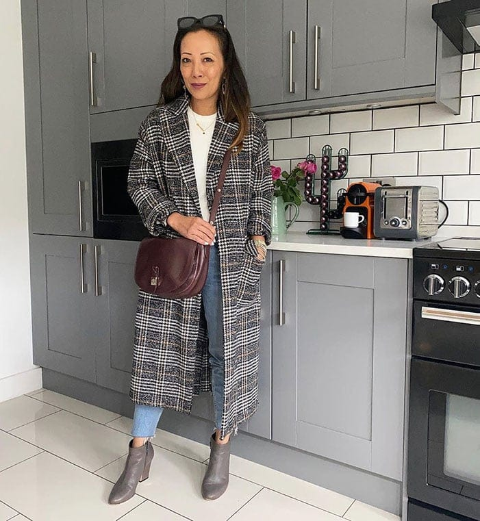 How to wear booties - Abi wears booties with cropped jeans | 40plusstyle.com