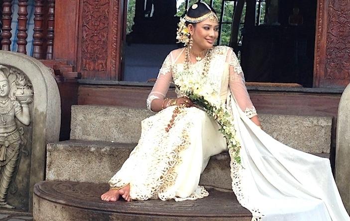 シーママラカヤ寺院での花嫁画像