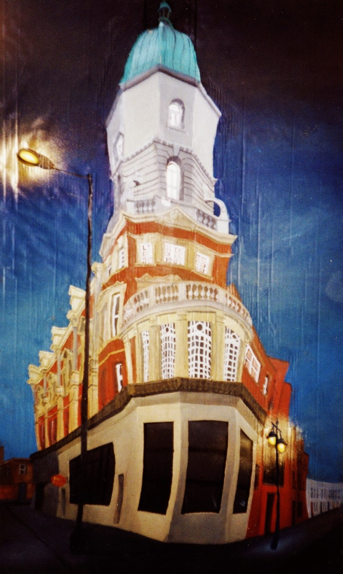 Londres, Brixton. Post office. Cartón, plástico, luces, cola, alambre, pigmentos metálicos y óleo sobre tabla, 1'40 x 0,80 m. 2006.