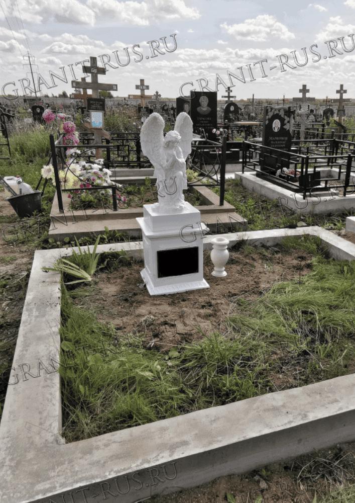 Скульптура на могилу из литьевого мрамора