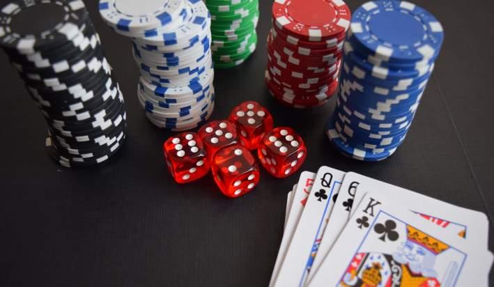 Poker Gift Guide 2019 2020 Banner