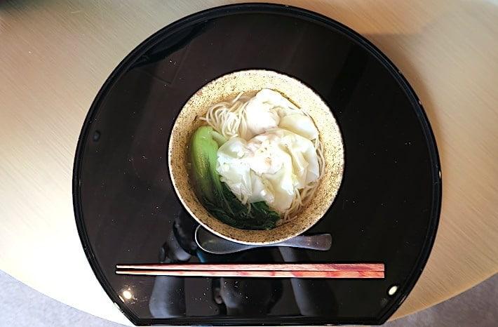 ワンタンメン画像