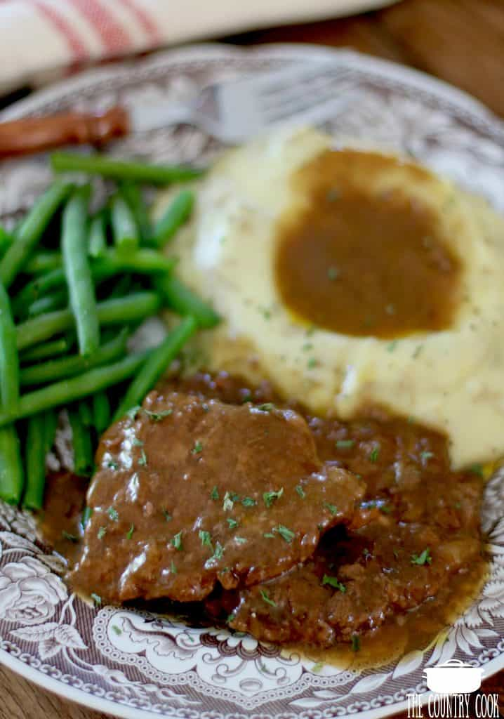 Crock Pot Cube Steak and Gravy