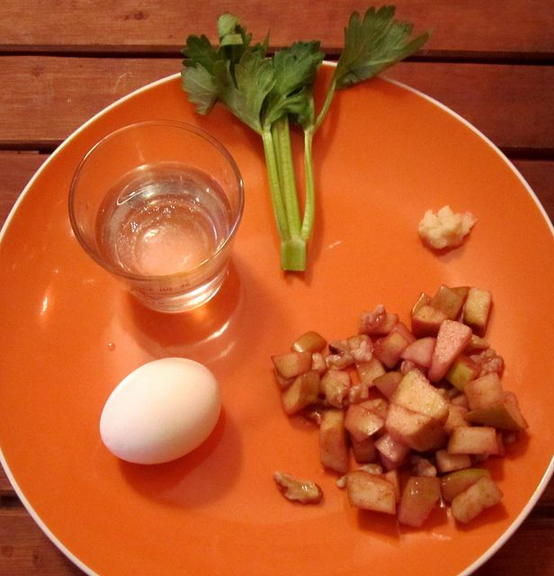 Picure: Seder plate by Amy Ross. Sourced from Flickr and reproduced under a Creative Commons by nd2 licence.