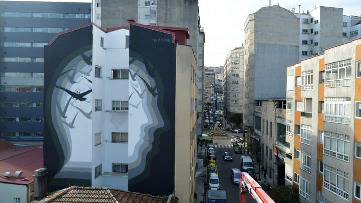 """O Espelho Mudo"" de David de la Mano Artes & contextos the silent mirror by david de la mano in galicia spain"
