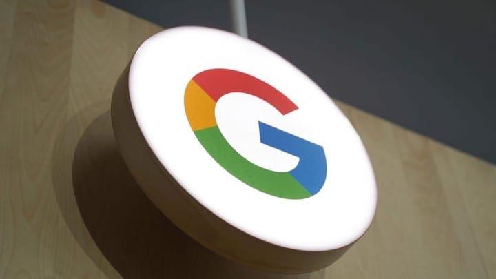 Google Assistant música