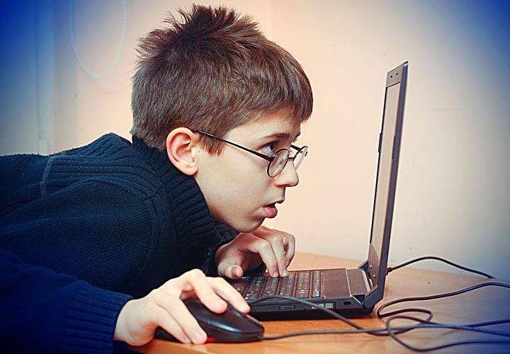 Miopia infantil y dispositivos electrónicos