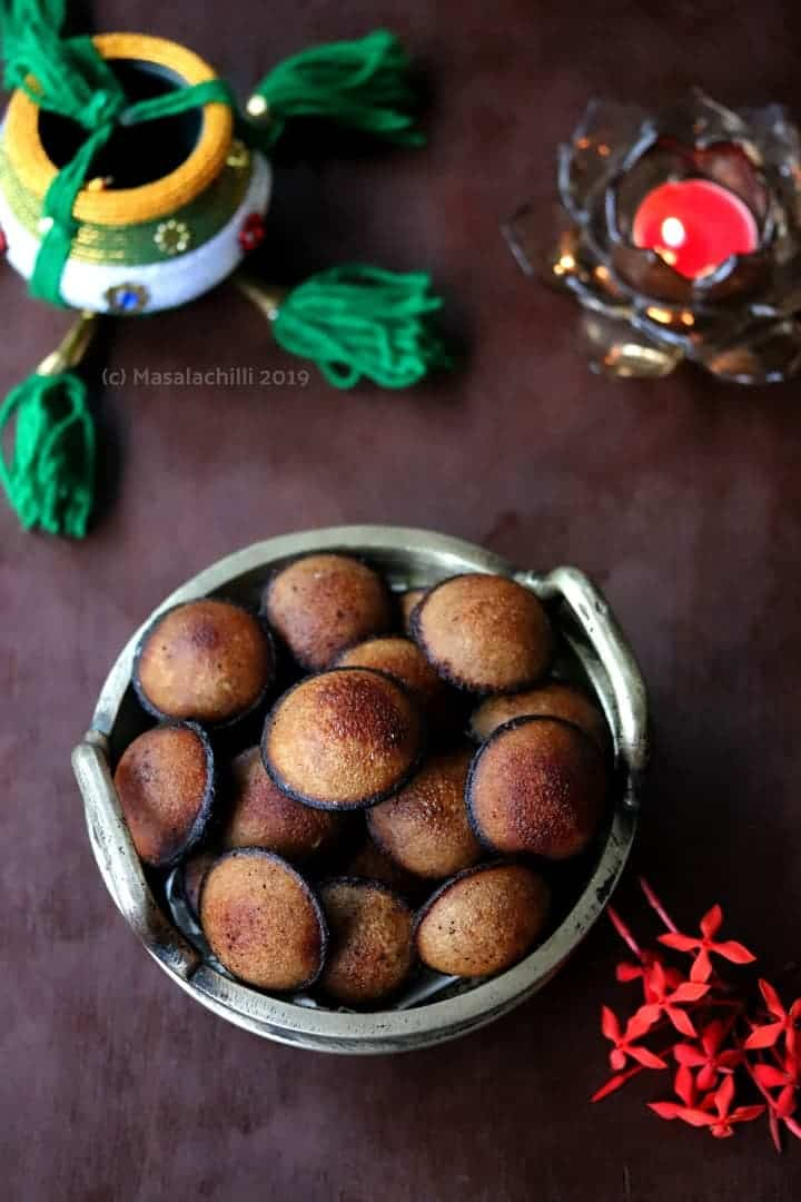 Neyyappam / Nei Appam / Kerala Sweet Appam Recipe