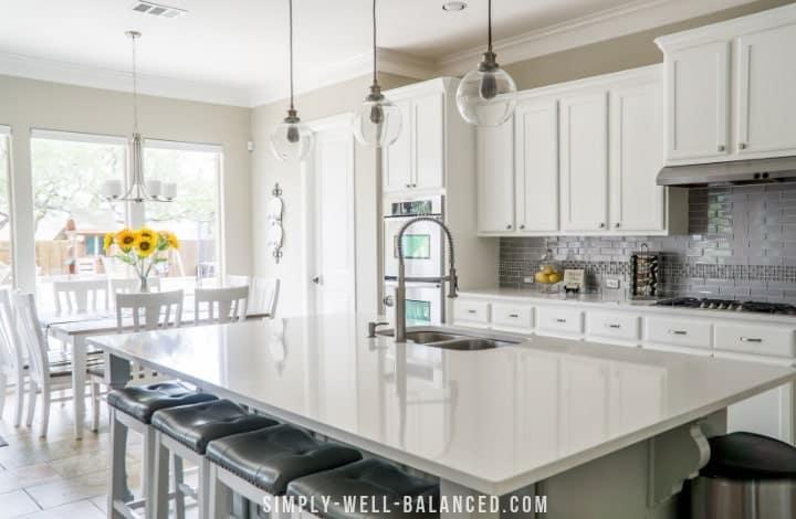 Minimalist Kitchen Declutter-min