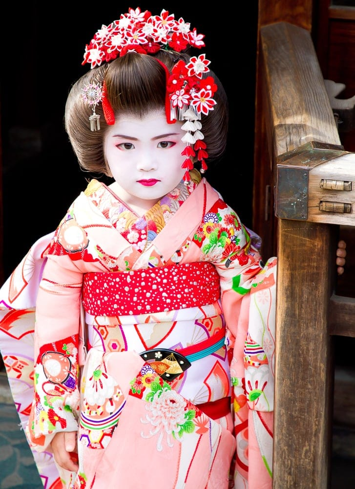 Child dressed as a geisha