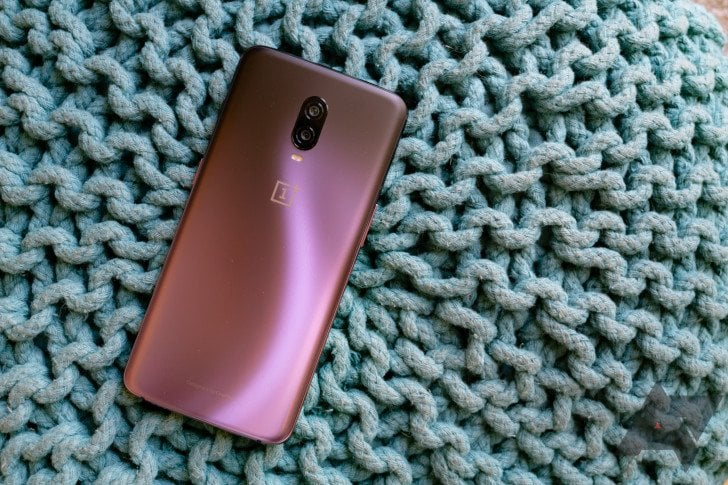 OnePlus 6T and 6 Phones Got a Surprise Android 10 Update 1