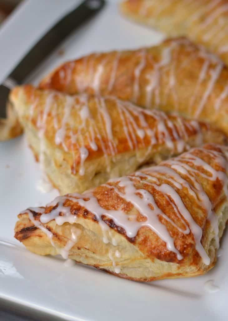 Scrumptious Amazingly Easy Apple Turnovers