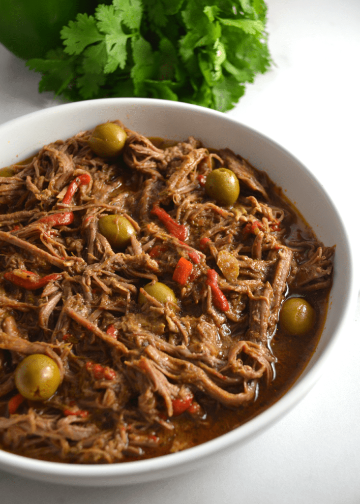 Slow Cooker Ropa Vieja (Cuban Shredded Beef Stew)