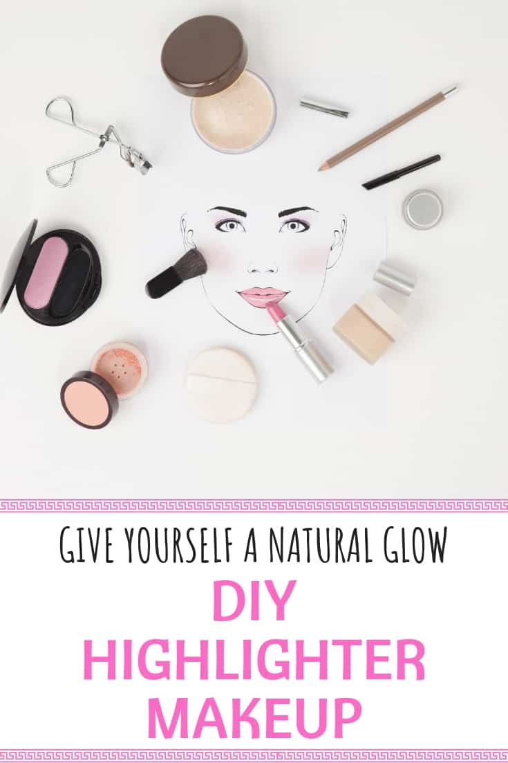 This DIY Highlighter Makeup recipe is simple and easy to make! Perfect for moms and daughters to make together, and versatile for both to enjoy! #DIY #highlightermakeup #homemade #natural