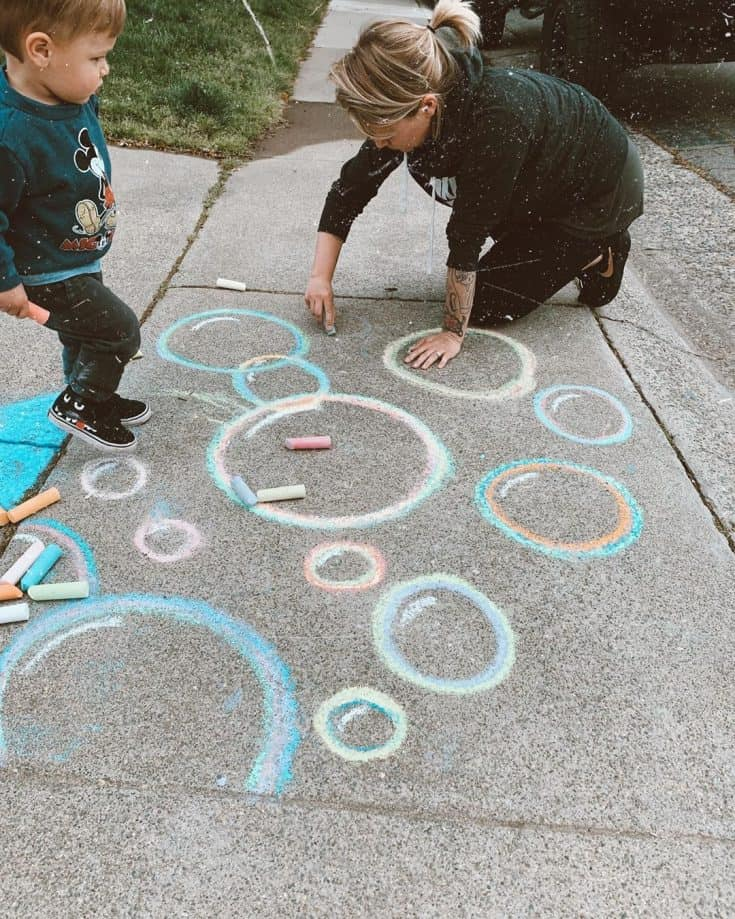 "Leanne ✨ Momtrepreneur on Instagram: ""We had 𝗦𝗢 much fun today!!! ⁣ ⁣ What are 𝗬𝗢𝗨 doing to cure your boredom during this #quarantine ?? ⁣ ⁣ #sidewalkchalk⁣ #chalkart⁣…"""