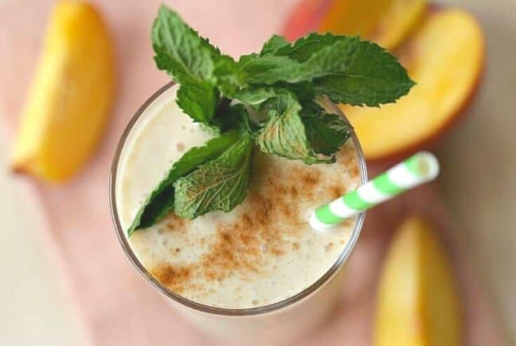 Are you a fan of homemade peach pie? Start your morning off with this nutritious and delicious farm fresh Peach Pie Smoothie recipe. This easy smoothie recipe is delicious for any time of the day. This peach breakfast smoothie is a great way to use up the peaches you purchased at your local farmers market. Peach Breakfast Smoothie