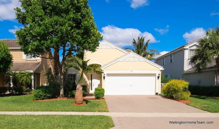 Victoria Grove Waterfront Home for Sale - 212 Berenger Walk, Royal Palm Beach, Florida 33414
