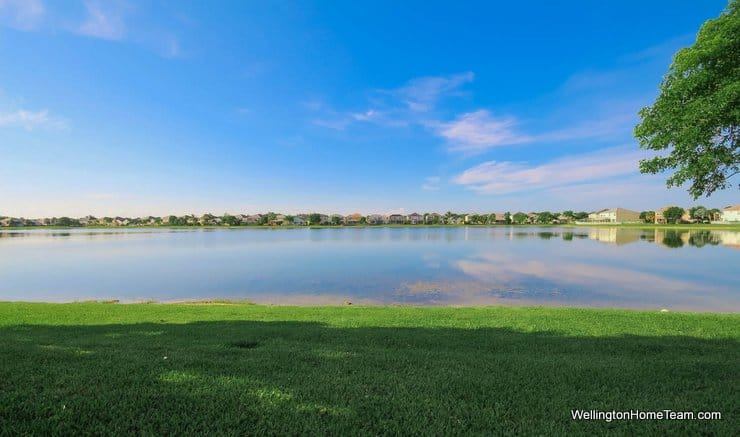 Victoria Grove Waterfront Home for Sale in Royal Palm Beach Florida - 152 Berenger Walk
