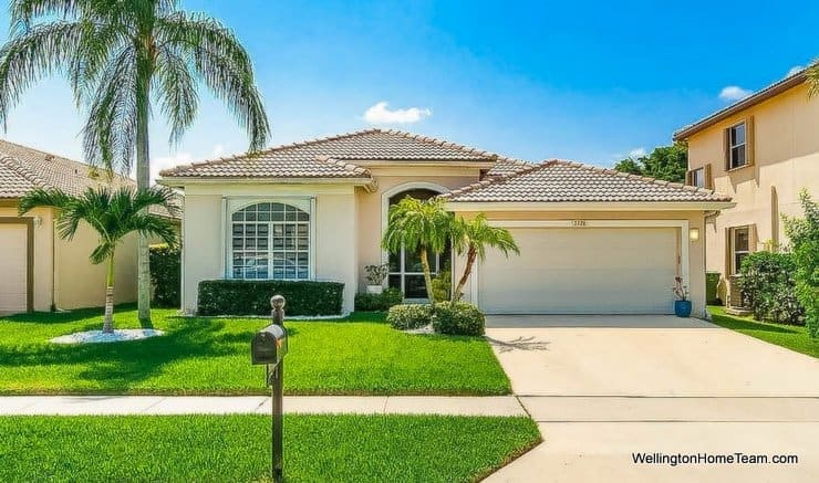 3726 Old Lighthouse Circle Wellington Florida 33414 - Grand Isles Home for Sale