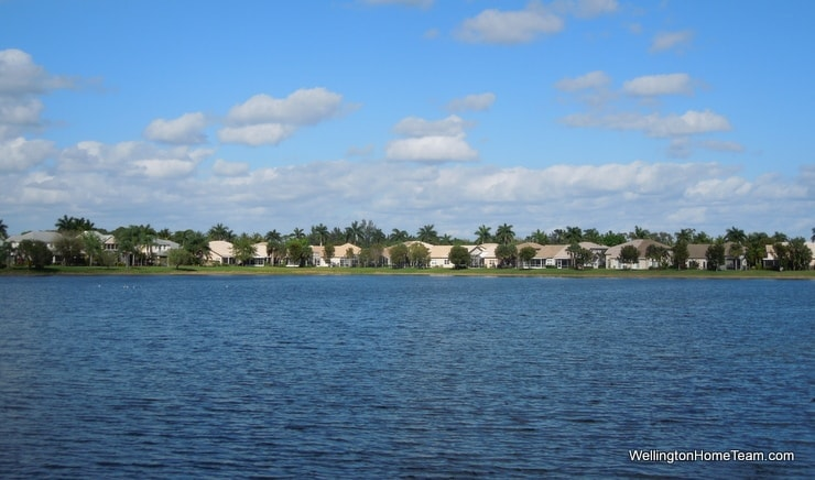 Wellingtons Edge Homes for Sale in Wellingoton Florida - Lakes