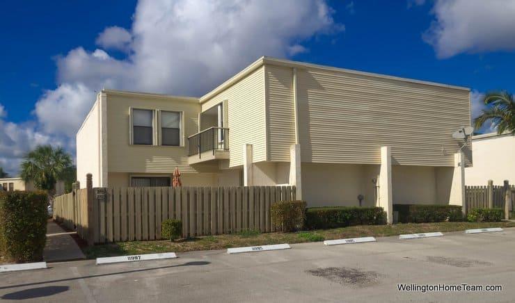 Shakerwood Wellington Florida Townhomes for Sale