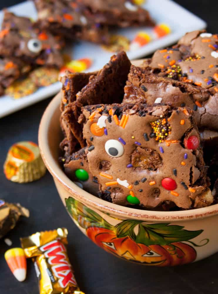 Halloween Brownie Bark-7