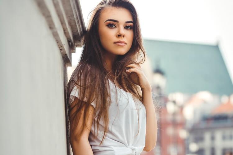 Date Lithuanian Women