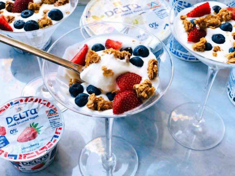 Quick and Easy Kids Yogurt Parfait