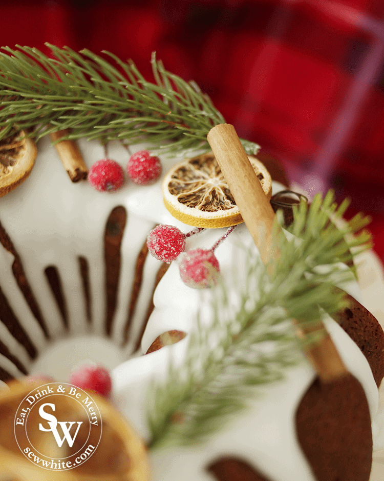 A beautifully decorated Mince Pie Christmas Bundt Cake