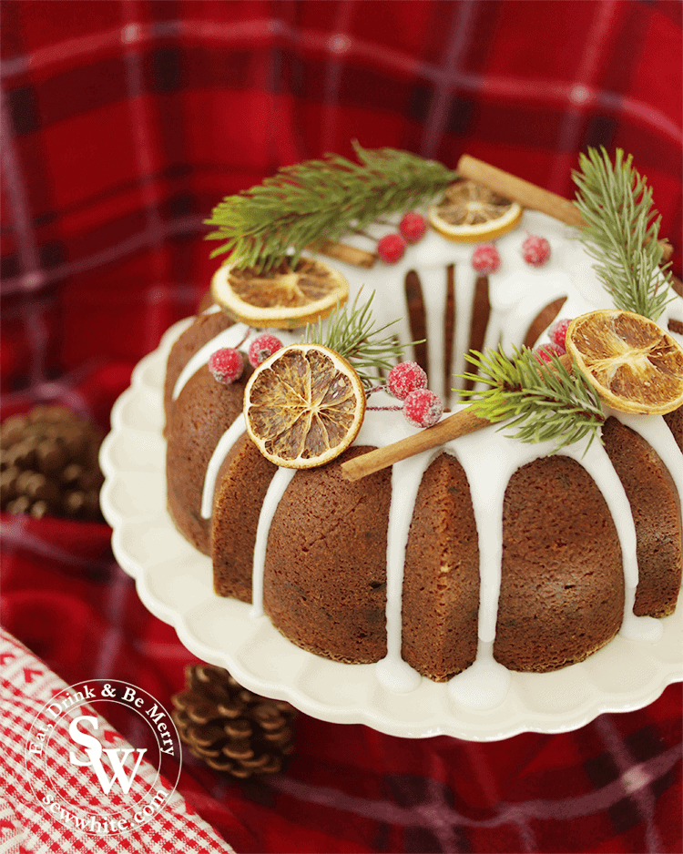 A new take on Christmas cakes with Nordicware Bundt tin Mince Pie Christmas Bundt Cake