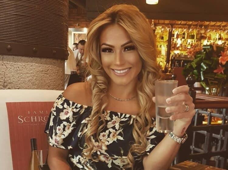 Panama Woman