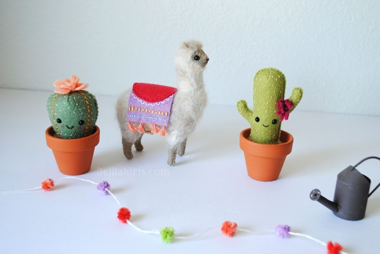 desert cactus felt craft project