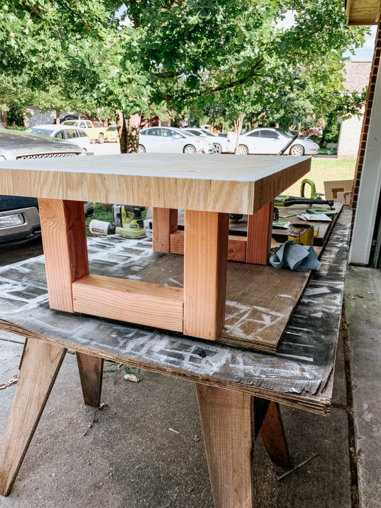 base of DIY outdoor concrete cofeee table