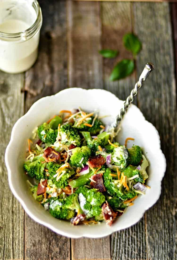 broccoli-salad-is-an-easy-side-dish-that-will-please-the-whole-family