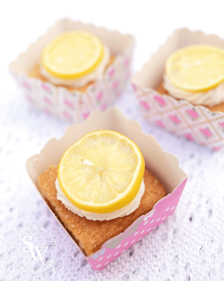 Gin and Lemon Traybake in little pink boxes